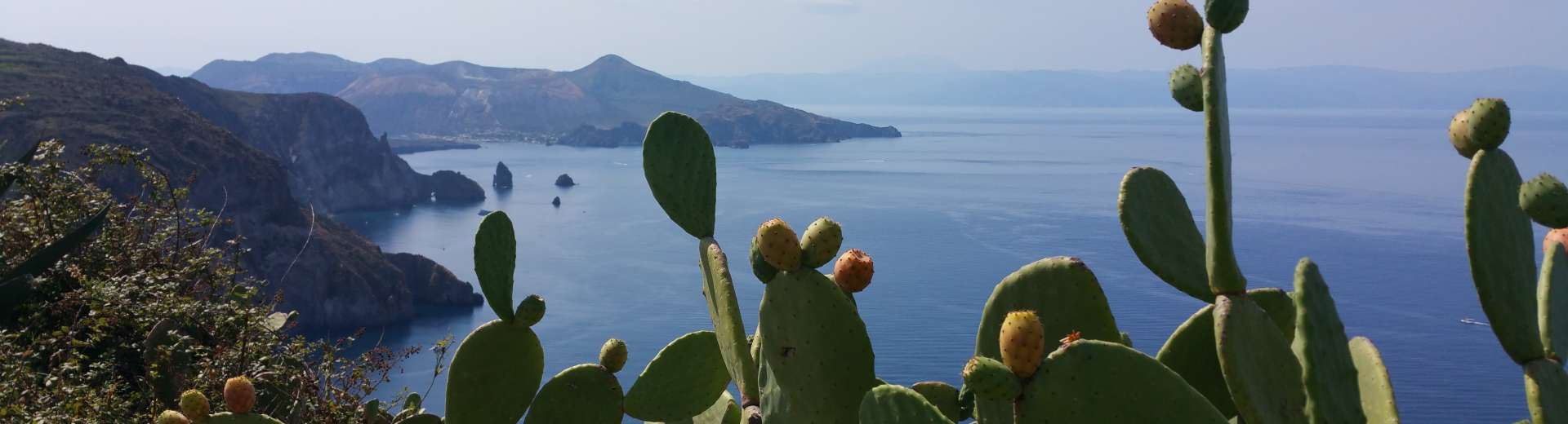 aeolian-islands-1301241©Pixabay.jpg