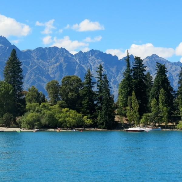 Wakatipu Remarkables_©Farm to Farm Tours
